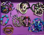 bulk lot of 30 handmade bauble bracelets - various sizes, shapes materials AS IS