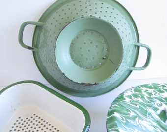 Vintage Green Enamelware Graniteware Strainer Colander ONLY ONE