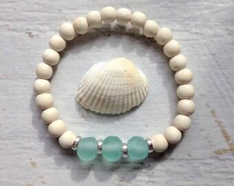 recycled glass bracelet, beach bracelet, glass jewelry, beach accessory