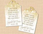 White Gold Sparkles Scalloped Wedding Bubble Tags (1.25x2): Text-Editable in Microsoft® Word, Printable on Avery® 22848, Instant Download