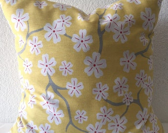 Single Pillow Cover 18x18 inch - Free US Shipping -Yellow/White/Grey Floral Pillow Covers