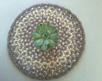 Shetland Wool Roving Grey and Cream Round Mat