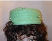 CIJ SALE 1950s 1960s tulle pillbox hat green tulle with decorative top stitching and floral decorations, garden party fun!
