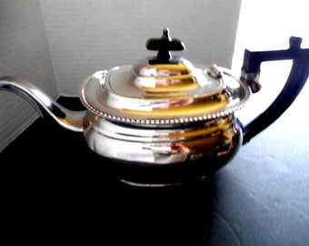 Vintage Sheffield Silver Plated Teapot Hinged Lid EPNS Made in England Art Deco Style Home and Living Kitchen and Dining Serving