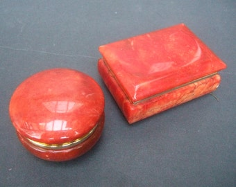 Italian Pair of Polished Alabaster Small Trinket Boxes