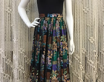 Stunning late 1970s early 1980s silk disco metallic floral mid length skirt