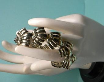 Coro Gold Tone Fan Shape Bracelet, Signed, Minimalist