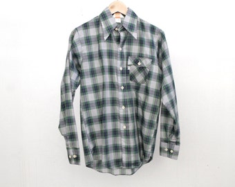 vintage size small LEVI'S men's WESTERN PLAID green and blue fitted button up shirt