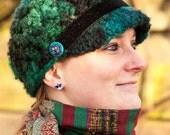 Chunky Green Crochet Hat, Newsboy Hat, Crochet Cap, Boho Hat, Owl Hat, Womens Hat, Fall Wear, Winter Wear, Fall Accessories, Owl Accessories