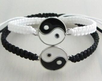 Custom Color Yin Yang Bracelets, Boyfriend Girlfriend Bracelets, Matching Couples Bracelet, Set of 2 Adjustable Zen Charm Macrame Bracelet