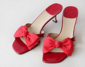 STUART WEITZMAN red patent leather bow kitten heel slip on mules summer sandal shoes Size 8.5