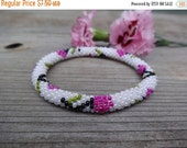 summer sale Hot Pink and Ivory White Beaded Flower Bracelet, Czech Seed Beads, Crocheted in Nepal, PB97