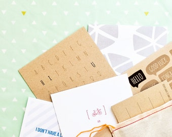 set of 5 surprise greeting cards