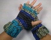 CASCADE Chunky Crocheted Wrist Warmers - Charisma Yarn ~ Keep Warm in Style this Winter
