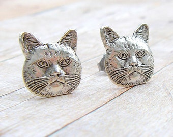 Kitty Cat - antique silver post earrings