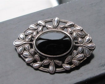 Silver Leaves Brooch - Oval Onyx Pin - Sterling Edwardian Nature