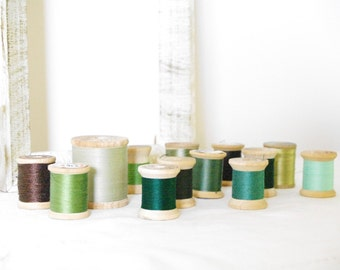 Wooden Spools with Thread Vintage Green Colors