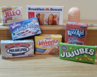 "LG-1    miniature foods  for the 18 "" dolls"
