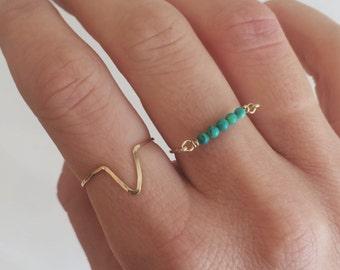 Chevron hammered ring