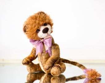 FREE shipping - OOAK Artist Handmade mohair teddy bear lion Georg - Collectible OOAK Teddy bear