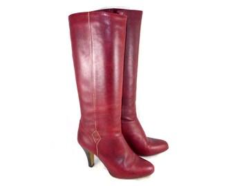 Fantastic vintage knee-high tall deep red leather high heel boots - Etienne Aigner, high heel, 7.5 M gold stripe