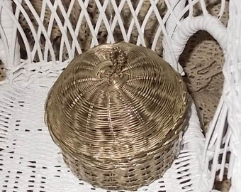 Wire Silver  Basket Small with Lid Unusual /Not Included in Coupon Discount Sale/ New Listing