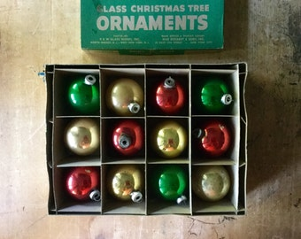 Vintage Shiny Brite Ornaments, Christmas Ornaments, Ornaments Vintage, Glass Ornaments, Christmas Tree Ornaments, Trim the Tree, Red Green