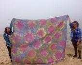 Bubbles Tie Dye Tapestry