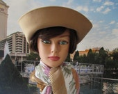 vintage Hat, wool, light camel color simple high fashion retro chic