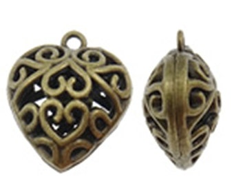 2pc 27x24mm antique bronze finish hollow heart pendants-8548R