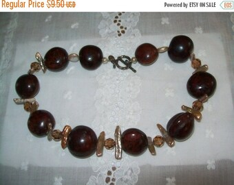 50% OFF Colley necklace, Nut necklace, mop and brown bead nut necklace