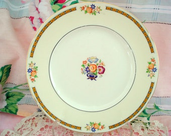 Vintage Wedding Luncheon Plates W.H. Grindley Ivory England Alton Set of 9 Salad Plates Floral Cottage Chic Vintage Bridal Shower