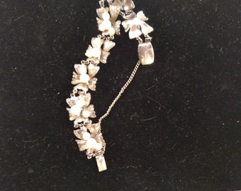 Sterling Bracelet, Bows Motif, With Real Pearls