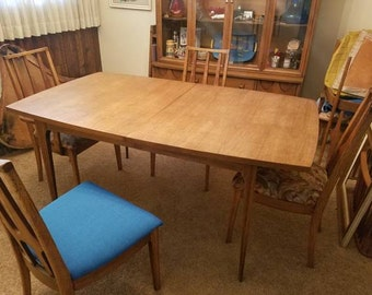 Broyhill Brasilia Dining Set with 6 Chairs,Table and Chairs, MCM Table,Mid Century furniture