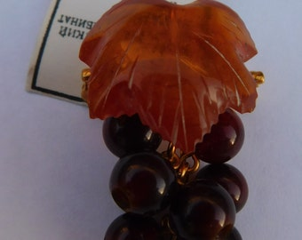 Vintage Russian Baltic Carved Amber Grape Cluster Leaf Pin Brooch New