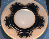 Black Knight Plate with Raised Gold Trim in Regina