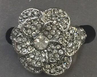 Multi stone flower ring