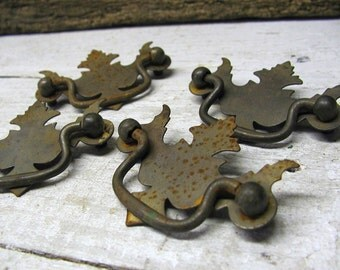 Vintage Country Primitive Hardware Drawer Pulls Cabinet Handles Upcycle Repurpose 5286