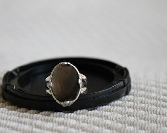 Silver and Black Mother of Pearl Ring, Size 7