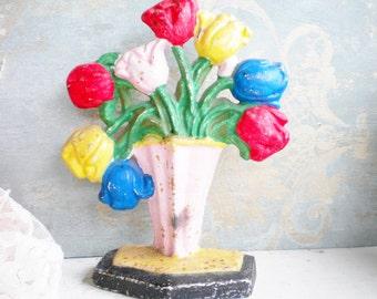 Vintage Cast Iron Tulip Door Stop Bookend Tulips In Basket Door Stop Original Paint Home Decor Garden Room Photo Prop Collectable Gift