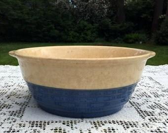 Universal Potteries/ Blue And White Bowl/Ovenware Bowl/Cambridge Pottery/National Brotherhood/Primitive Pottery/3.5 t x 7.5 w/ Ohio, USA
