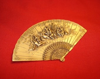 MFA Museum of Fine Arts Boston Gold Fan Relief Pin