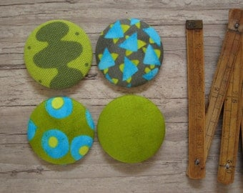 4 Large Fabric Buttons - Size 75 ( 1 7/8inch- 45mm) - Covered buttons - Green buttons - Sewing buttons-