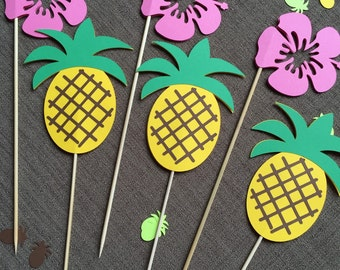 Hawaiian centerpieces, 6 pieces - party, pineapple, Hibiscus flower. tiki