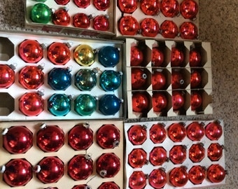 Vintage Shiny Brite Ornament Lot of 76 Bulbs Most Red