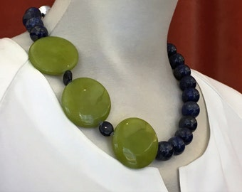 Necklace lapis lazuli with agate (No. 4)