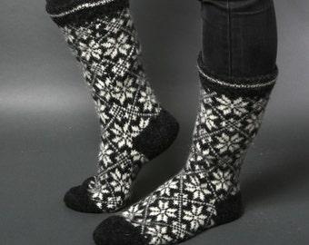 Socks women, Cosy wool socks, Gray white socks, Star socks, HYGGE Danish socks, Folklore Eco friendly, Scandinavian, Nordic Chaussettes