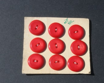 "Vintage Red Round Buttons On Card, 3/4"" Buttons, Jewelry Craft Sewing, A lot of 9 Old Buttons"
