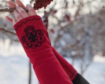 """Medieval Embroidered Gloves """"Milorada""""; Mittens; Woolen gloves; Handmade Arm Warmers; Woolen Fingerless Gloves"""