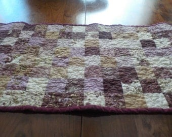 QUILTED PATCHWORK Table Runner, Roses, Plum Sweet, Table Decor, Free Shipping US, Traditional Patchwork